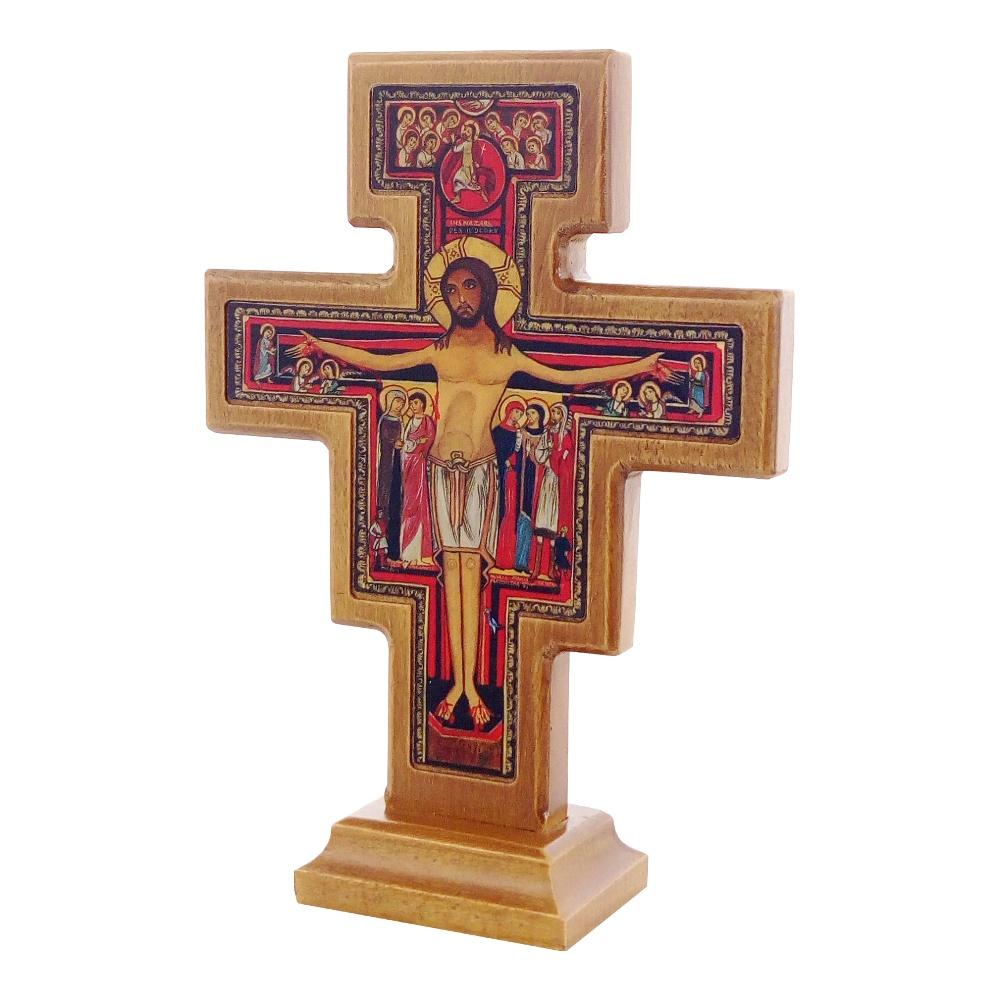 Drewniany krzyż stojący San Damiano