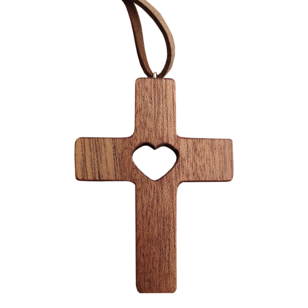 Krzyżyk z sercem na szyję